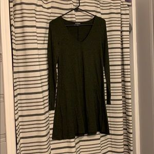EXPRESS: hunter green v-neck swing dress LIKE NEW